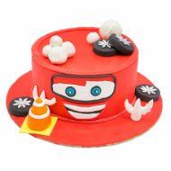 کیک مک کوئین شاد