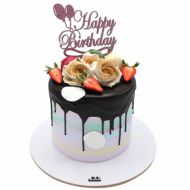 کیک خامه ای رز توت فرنگی